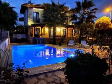 3+1 Mustakıl Villa